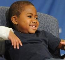 USA : première greffe des deux mains chez un enfant